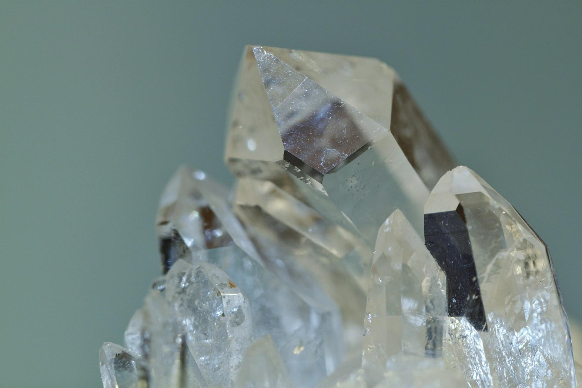 rock-crystal-397955_1920